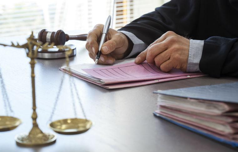 Cancellare i reati penali dal casellario giudiziale