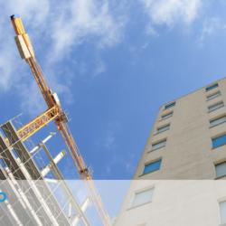 Come richiedere ilrisarcimento danni nella compravendita immobiliare con abusi edilizi