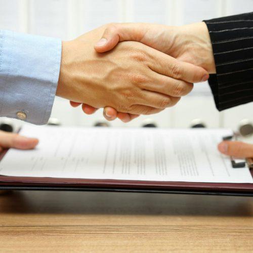 Richiedere un certificato dei carichi pendenti per cessione d'azienda